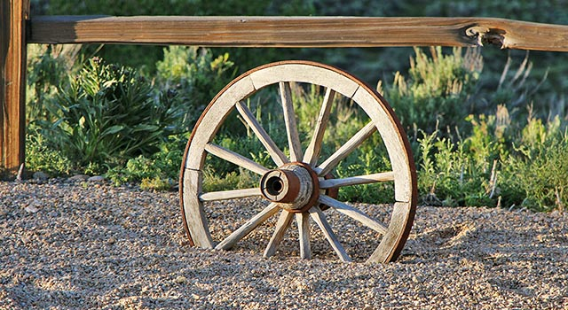 Picture of a wagon wheel (links to the online forms page)