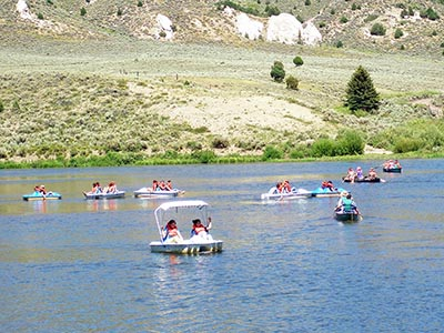 Lake activities picture (links to lake activities page)